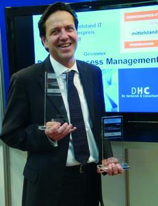 Dr. Rudi Herterich mit Auszeichnungen der Initiative Mittelstand