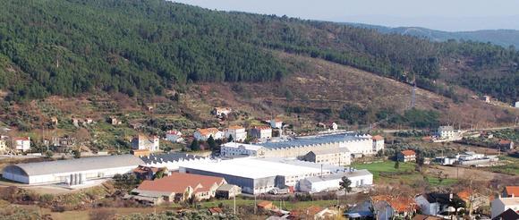 A Penteadora nutzt die vorhandenen Ressourcen der Bergregion: Wasser und die Wolle der unzähligen Schafe. Bis heute hat sich das Unternehmen zu einem der europäischen Marktführer für Woll- und Wollmischgewebe entwickelt