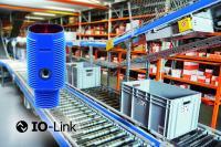 Ohne großen Überstand oder platzsparend bündig einbaubar: die kompakten photoelektrischen M18-Sensoren mit IO-Link von Contrinex