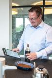 trinamiX Mobile NIR Spectroscopy Solutions in action: Caffeine and moisture content measured by Patrick Hellberg, Manager Business Development Spectroscopy Solutions at trinamiX