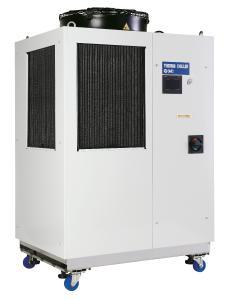 Mit den HRL-Kühl- und Temperiergeräten lassen sich zwei getrennte Anwendungen temperieren. Zwei getrennte Kühlkreisläufe machen es möglich / Fotos: SMC Deutschland GmbH