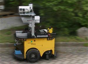 Der Patrouillen-Roboter kann mit unterschiedlichen Sensoren ausgestattet werden.