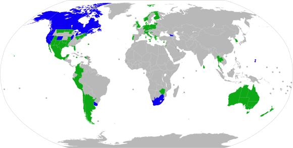 Weltkarte der bisherigen legalen Absatzmärkte und somit potenzial weiterer Legalisierungen  Neben den medizinischen Anwendungsbereichen sorgen bereits legalisierte Absatzmärkte für reales Wirtschaftswachstum.  Blau markierte Nationen wie Kanada, Uruguay und 11 Staaten der USA, haben Cannabis bereits vollumfänglich legalisiert, somit neben der medizinischen Verwendung auch den Freizeitkonsum der erwachsenen Bürger.  Grün markierte Nationen wie Deutschland, Großbritannien oder auch vermeintlich restriktivere asiatische Nationen wie Thailand haben medizinisches Cannabis legalisiert.
