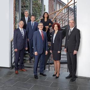The new MANN+HUMMEL Management Board: from left to right Steffen Schneider, Josef Parzhuber, Hansjörg Herrmann, Alfred Weber, Filiz Albrecht, Emese Weissenbacher, Kai Knickmann
