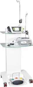 Auf dem neuen Geräte-Cart von W&H lässt sich die neueste Technik für die orale Chirurgie zusammenführen