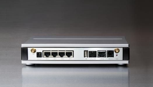 Foto LANCOM 1821+ Wireless ADSL (Rückseite)