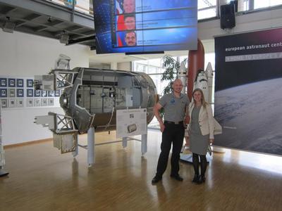 Im Zentrum für Luft- und Raumfahrt in Köln traf Lisa Schachner den Astronauten Alexander Gerst.