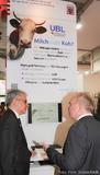 Wirtschaftsminister Al Wazir besucht UBL auf der CeBIT 2015