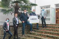 """TSO-Data spendet für Jugendhilfe-Einrichtung """"Haus am Schlehenbusch"""""""