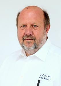 Gründer und Vorstand der PRAXIS: Uwe Wirth.