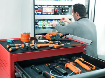 Weidmüller Werkzeuge sind auf langlebigen, professionellen Einsatz in Industrie und Handwerk ausgelegt