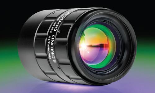 TECHSPEC® SWIR Objektive mit Festbrennweite sind bei Edmund Optics erhältlich und wurden speziell für den kurzwelligen Infrarotbereich von 0,9 bis 1,7 μm entworfen, beschichtet und getestet. Quelle: Edmund Optics.