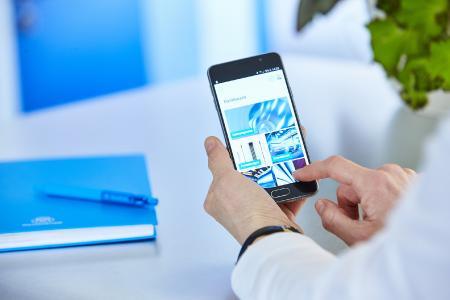 """Die kostenfreie App """"Packaging Steel"""" ermöglicht einen schnellen und bequemen Zugriff auf Informationen rund um thyssenkrupp in Andernach. Deutschlands einziger Hersteller von Verpackungsstahl hat darin alle relevanten Inhalte rund um sein Produkt zusammengestellt"""