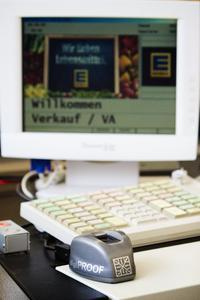 NCR realisiert Bezahlsystem mit biometrischem Fingerabdruck beim EDEKA-Markt in Hohenahr-Erda