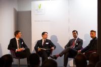 Teilnehmer der Panel-Diskussion über Blockchain (v. l.): Oliver Volk (Allianz Re), Balint Tolnay (Partner bei Ventum Consulting), Alex Tapscott (Autor), Raimund Groß (SAP Innovation Center Network) (Bildquelle: Ventum Consulting)