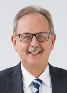 """Dr.-Ing. Theodor Niehaus, Geschäftsführer Festo Didactic: """"Festo Didactic bereitet die bestehenden und zukünftigen Fachkräfte der Industrie auf den Umgang mit der vernetzten Produktion vor."""" (Foto: Festo)"""