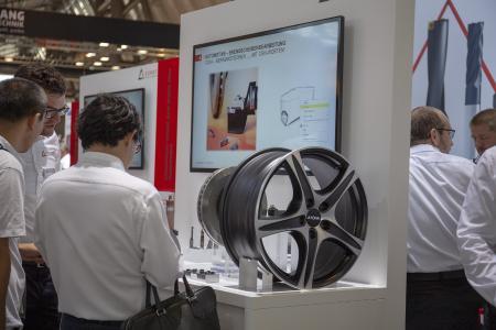 Cutting Solutions by CERATIZIT ist führend bei der Alurad- und Bremsscheibenbearbeitung, dementsprechend groß war die Nachfrage am Messestand nach den innovativen Werkzeugen