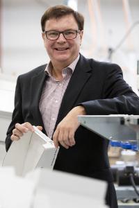 """""""Wir freuen uns über die Anerkennung durch Focus Money. Wichtiger als verliehene Titel ist uns aber, dass wir unseren Mitarbeitern, Lieferanten und Kunden ein verlässlicher Partner sind"""", sagt Albaad-Geschäftsführer Wolfgang Tenbusch"""