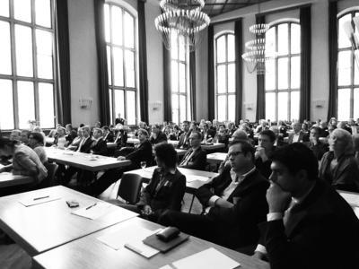 Über 120 interessierte Teilnehmer folgten den spannenden Vorträgen über die Zukunft der Produktverantwortung