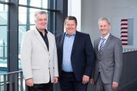 Tibor Takács (links), Arnoud de Geus und Karl Kapp lenken nun gemeinsam die zukünftige Entwicklung von 4 Plus GmbH / Foto: 4 Plus GmbH