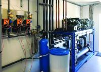 Dosierpumpen und eine Enthärtungsanlage gehören zur Wasserpflege-Ausstattung