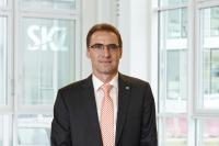 Der stellvertretende Geschäftsführer Dr. Jürgen Wüst freut sich, dass die SKZ-Testing ihren Kunden nicht nur die Erstprüfung von Schutzmasken anbieten, sondern auch eine Eingangsqualitätskontrolle für größere Anlieferungen durchführen kann, Bild (SKZ)
