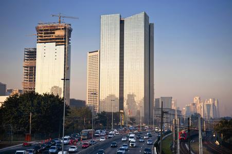 ContiTech Air Spring Systems hat die Vorstadtzüge der brasilianischen Megacity São Paulo mit Federungssystemen ausgestattet / Photo: ContiTech