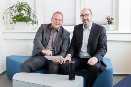 Dr. Frank Bock (links), Geschäftsführer der CORONIC GmbH und Dr. Thorsten Völkel (rechts), Vorstand der PPI AG