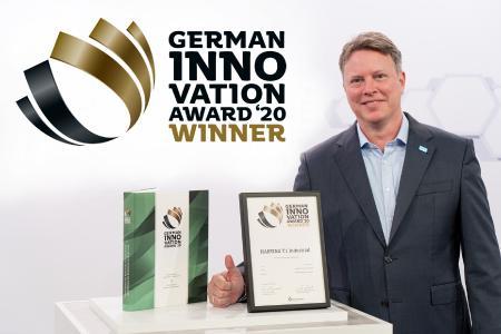 Ralf Klein, Geschäftsführer HARTING Electronics, freut sich über den German Innovation Award 2020 für das HARTING T1 Industrial SPE Interface