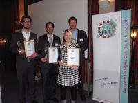 Die Gewinner des Deutschen Six Sigma Preises 2012 (v.l.n.r. Gökhan Akkasoglu, Zumit Muthreja, Tamara Wirth, Michael Richard stellv. f. Matthias Ebert)