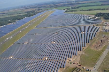 20MW Solarpark Neuhardenberg errichtet durch bicsolar