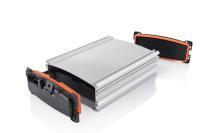 Hohe Hitze- und Chemikalienbeständigkeit: Das LSR-Abdichtverfahren eignet sich hervorragend für Anwendungsfälle aus dem Bereich der E-Mobilität, z. B. in der Batterietechnologie