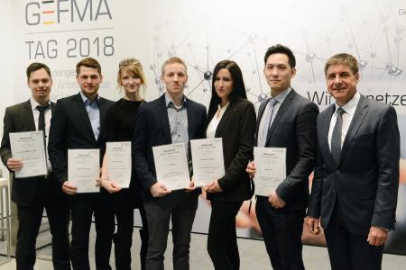 Sechs aufstrebenden Newcomern im FM wurden in diesem Jahr die GEFMA-Förderpreise 2018 verliehen. Prof. Dr. Markus Lehmann, GEFMA-Vorstand und Vorsitzender der Jury, gratulierte den diesjährigen Preisträgern.