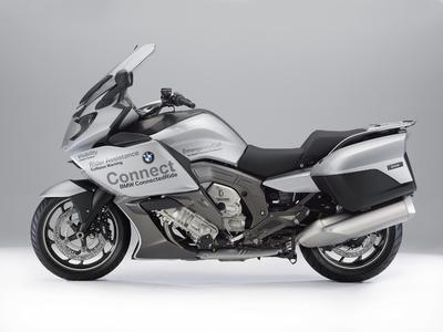BMW Motorrad ConnectedRide. Advanced Safety Concept.
