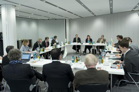 Zur Energy Storage Europe vom 9. bis 11. März 2015 fanden in Düsseldorf erstmals fünf Fachkonferenzen und eine Messe unter einem Dach statt: Gemeinsam deckten die Energy Storage Europe, die IRES-Konferenz, die OTTI Conference Power-to-Gas, der VDE Financial Dialogue Europe und der Storageday die gesamte thematische Bandbreite zur Energiespeicherung
