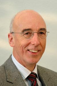 Wolfgang Rosenstiel, Vorstandsvorsitzender des edacentrum