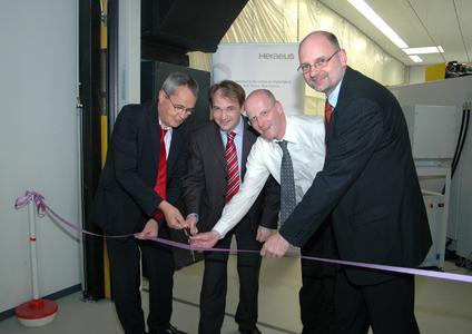 Heraeus hat seine CAD/CAM-Fertigung ausgebaut  (v. l.): Geschäftsführer Dr. Martin Haase, Standortleiter Dr. Achim Nikolaus, Vertriebsleiter Jörg Scheffler und Divisionsleiter Prosthetics Dr. Martin Schuster