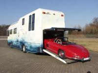 Seit 1997: Die zweite Generation VARIO Perfect (1997-2002). Wegweisende Erfindung: PKW Garagen im Heck - auch für einen 300 SL Roadster