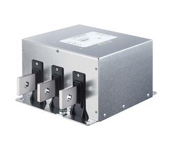 Kompakte AC EMV Netzfilter. Schaffner setzt neuen Massstab bei EMV-Filtern für Solarwechselrichter. EMV-Filter leisten auf der DC-Seite von Solarwechselrichtern einen wertvollen Beitrag zur Einhaltung der Normen und erhöhen die Systemzuverlässigkeit. Mit der Einführung der neuen Serie FN 2211 und FN2210 stellt Schaffner einmal mehr die kompakteste Lösung in dieser Klasse vor. Sie basiert auf der Verbindung innovativer Technik mit der grossen weltweiten Applikationserfahrung und setzen damit einen neuen technologischen Design-Massstab