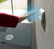 Automatiktüren mit dem ASSA ABLOY Magic Switch für berührungsloses Öffnen von Türen