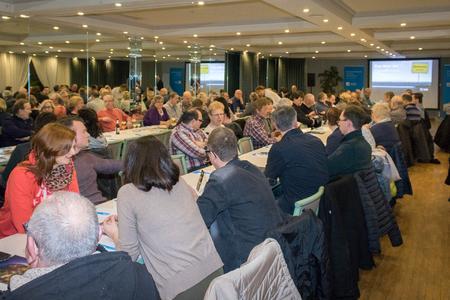 Etwa 120 interessierte Bürger beim Infoabend zum Glasfaserausbau im Queckvoor. Foto: Deutsche Glasfaser.