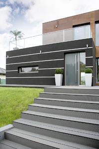 Zahlreiche Systemlösungen von REHAU sorgen für eine hohe Wohnqualität.