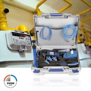 The new AFRISO DPK 60-7 leak test set complies with the DVGW requirements as per TRGI-2008 for measuring instruments; it may be used for pressure measurements, tightness tests, load tests and evaluation of serviceability/determination of amount of gas leakage (Photograph: AFRISO)
