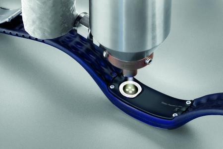 Die Beschichtung Plasma-SealTight® erzeugt einen mediendichten Haftverbund und schützt so empfindliche Elektronikbauteile zuverlässig.