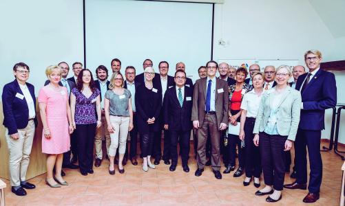 """Aus der Region Heilbronn-Franken traten am 5. Deutschen Diversity-Tag insgesamt 27 Unternehmen, Organisationen und Institutionen gemeinsam der """"Charta der Vielfalt"""" bei / Foto: WHF GmbH"""