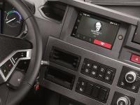 Renault Trucks führt für die Baureihen T, C und K ein neues Audio-/Navigations- und Entertainmentsystem ein. Roadpad ist ein Komplettsystem, das Telefonie, Musik und Navigation miteinander verbindet