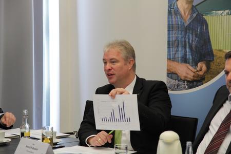 Pressekonferenz Hendrik Becker Vizepräsident