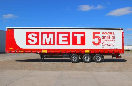 SMET S. p. A. : 1 000 semi-remorques Kögel en cinq ans seulement (Photo: Kögel Cargo Rail personnalisé pour SMET/Kögel)