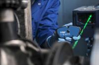 TRW Electric Blue Bremsbeläge sind bereits für 92 Prozent der Hybrid- und 97 Prozent der Elektrofahrzeuge in Europa erhältlich /  Bild: ZF