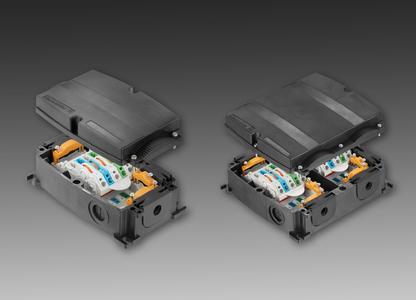 Weidmüller FieldPower® : All in one ? die PowerBox® für universellen Einsatz als Einspeisung und zweifachen T-Abgang. (links: PowerBox®, rechts: PowerBox® XL)